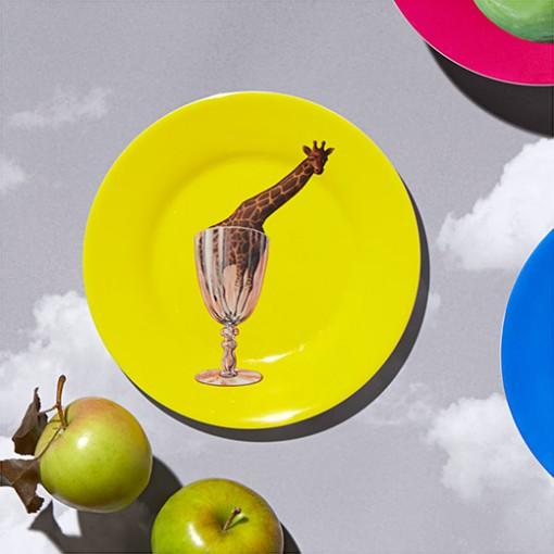 102281_C2_Plate_Magritte_Yellow_Giraffe