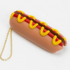 http___bae_hypebeast_com_files_2016_12_rootote-food-shaped-key-rings-1