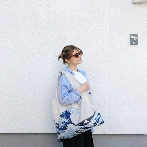 LOQI-hokusai-wave-lifestyle