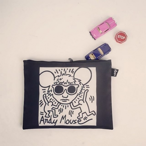 Andy Mouse  LOQI x KEITH Haring Zip Pockets  Modmod Life- LOQI distributor for HK & Macau  #totebag#travel#eco#ecobag#mod#modmod#modmodclub#museum#moma#fashion#hongkong#fashion#gifts#giftideas#vangogh#starrynight#loqi_hk#cats#dogs#loqi#almondblossom #梵高 #sunflower#vincentvangogh #vangoghmuseum#byob#環保袋 #環保杯#香港#keithharring #andymouse